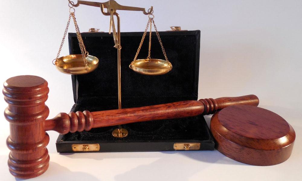 Causas por las que un juez puede hacer uso del derecho de abstención o recusación.