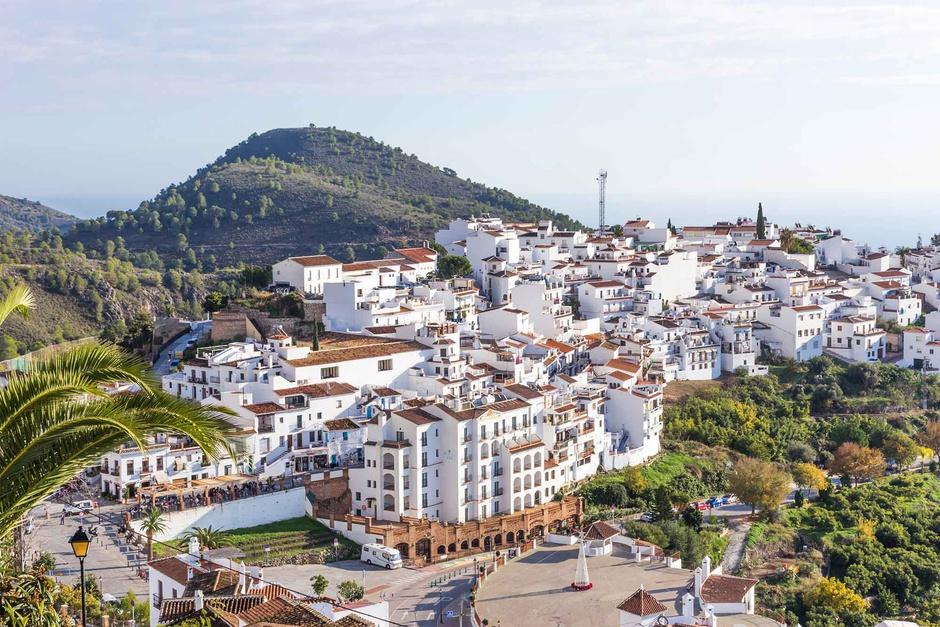 Gaona Abogados BMyV defiende los intereses de los principales ayuntamientos de la provincia de Málaga y Granada